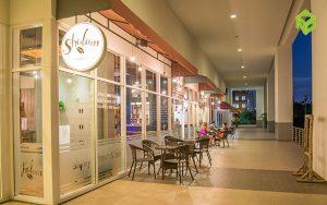 coffee shop 300x188 - Tropic Garden