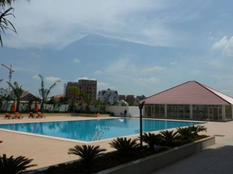 pool 1 - River Garden