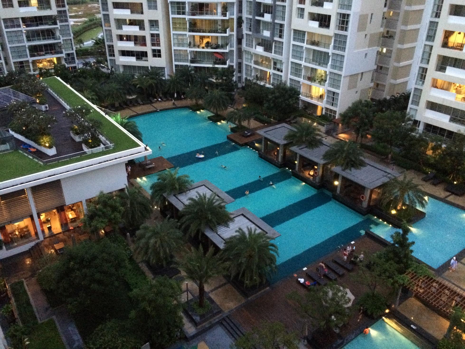 pool 6 - The Estella